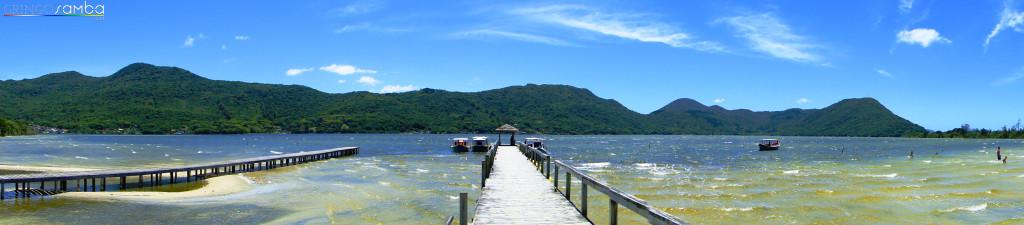 Lagoada-Conceicao-Piers-Wide-Shot-Gringo-Samba-Tours-of-Brazil