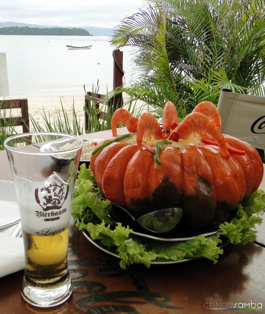 Sambaqui-Shrimp-in-a-Pumpkin-Gringo-Samba-Tours-of-Brazil